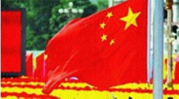 """시카고대 국제관계학자인 존 미어스하이머(John Mearsheimer) 교수는 지난주 """"미국은 중국이 '동급 경쟁자(peer competitor)'가 되는 것을 용납하지 않을 것""""이라며 """"두 나라 사이에 전쟁이 일어날 가능성이 실제로 있다""""고 말했다.(사진 : mod.gov.cn 캡처)"""